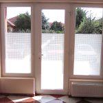 belátás elleni ablakfólia félmagas